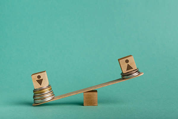 Earnings inequality and the gender pay gap in Canada